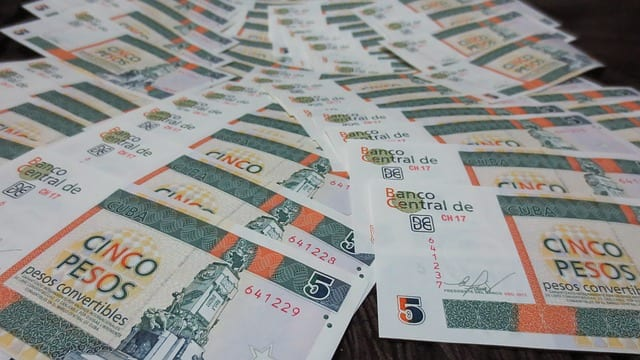 dinero cuba