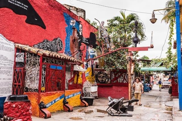 Callejon de Hammel en La Habana