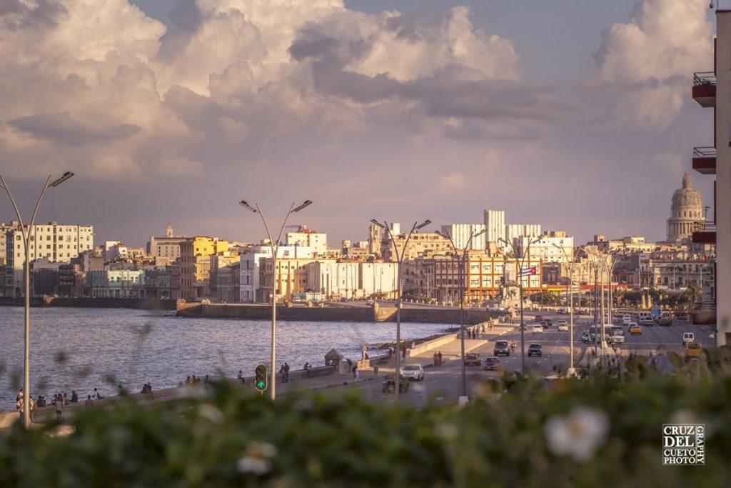 Vista del Malecón desde el Hotel Nacional.